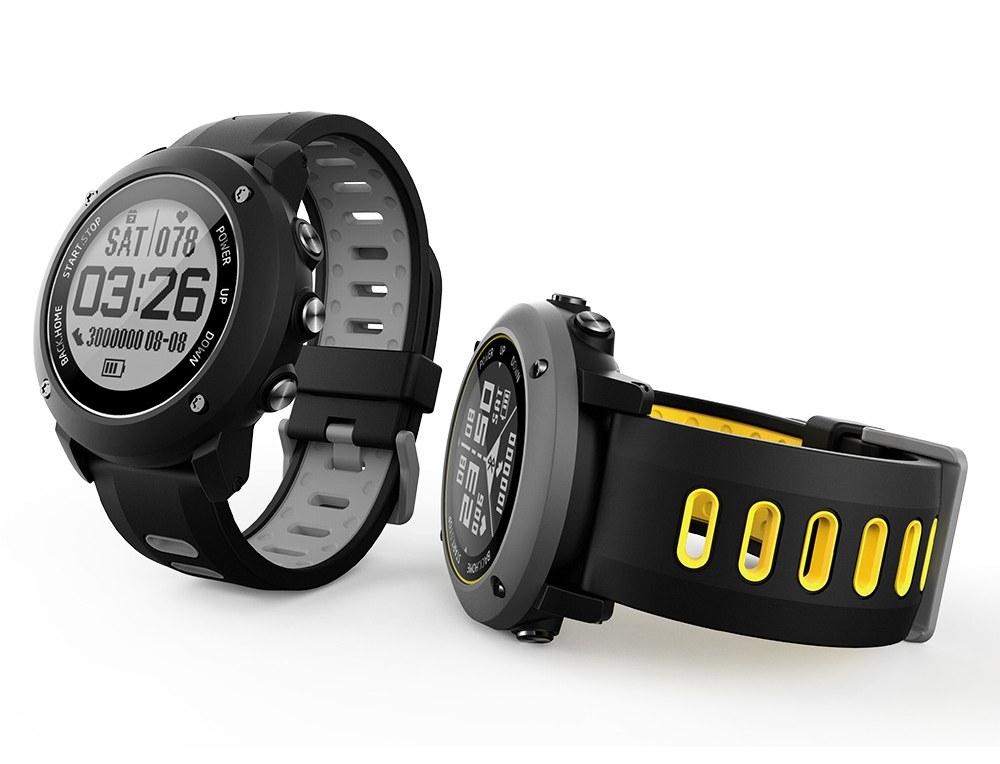 gps sportski pametni sat dubina do 100 metara