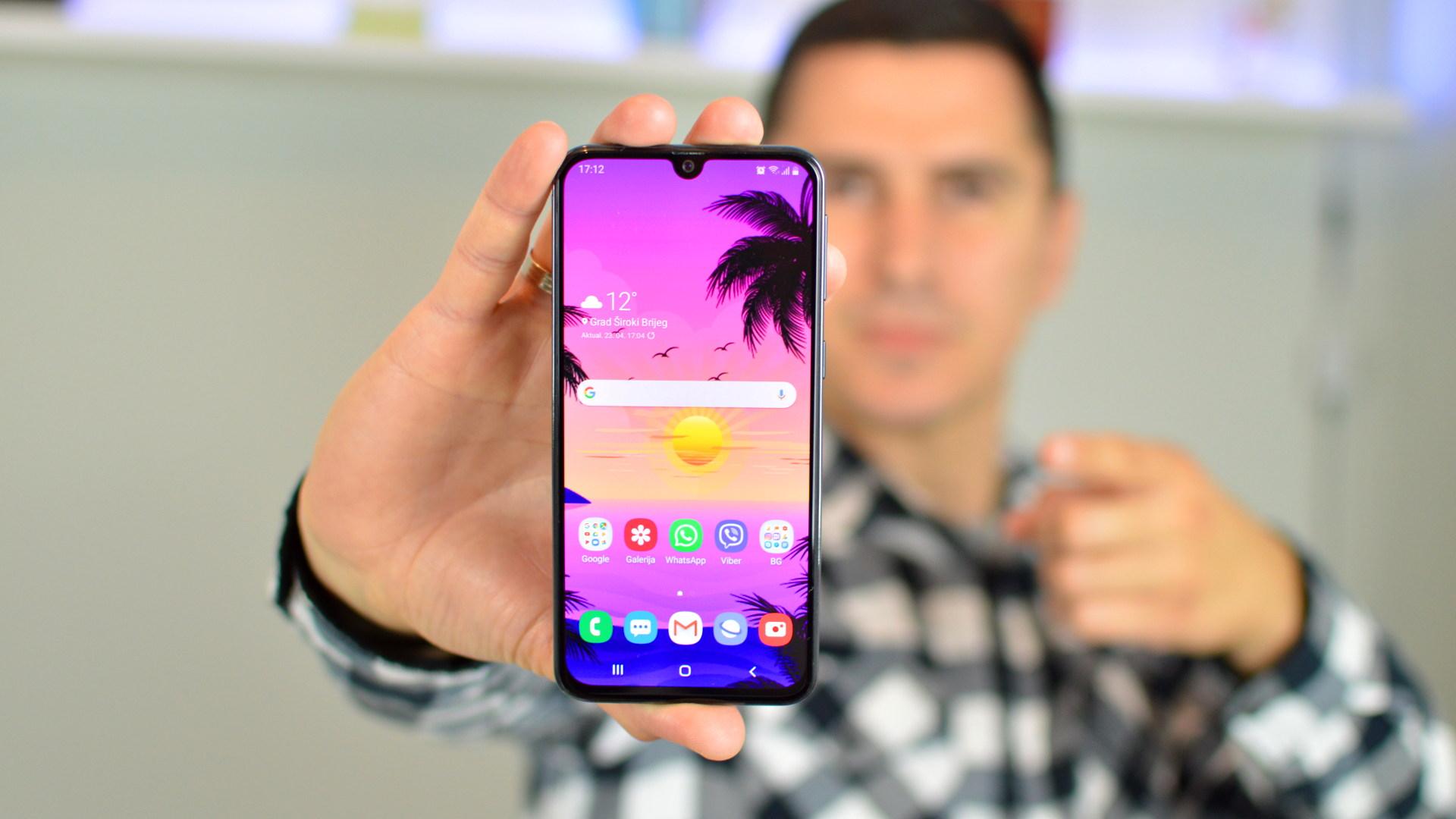 Samsung Galaxy A40 recenzija