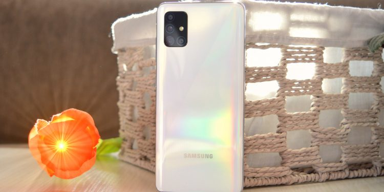Samsung Galaxy A51 recenzija video Bajtbox