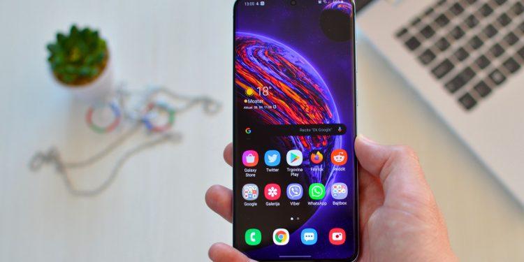 Samsung Galaxy S20+ recenzija, Galaxy S20 Plus recenzija Bajtbox video