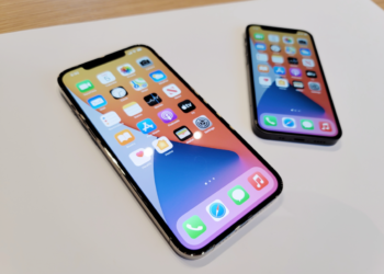 iPhone 12 Pro Max i iPhone 12 mini