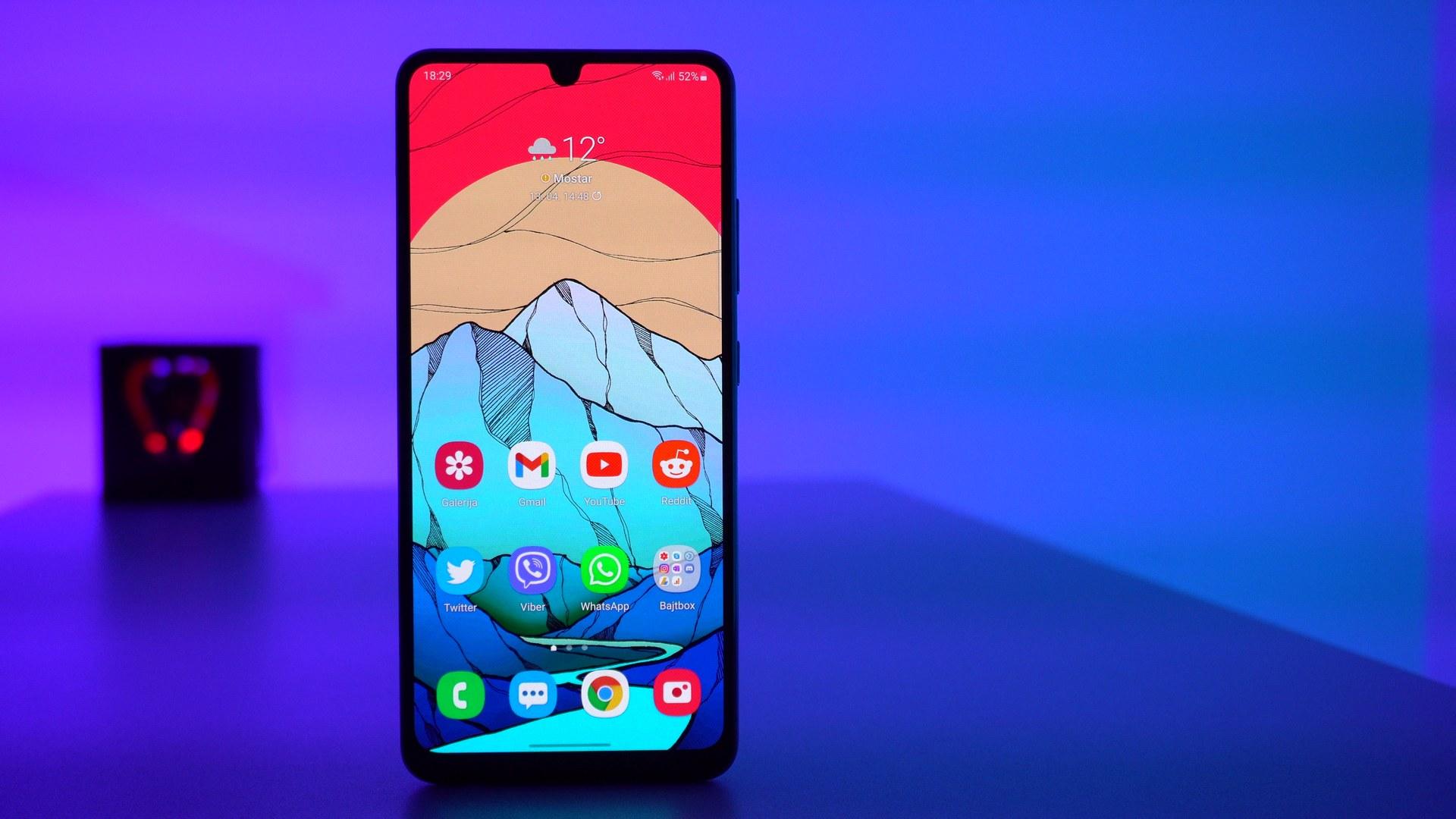 Samsung Galaxy A32 4G recenzija - zaslon